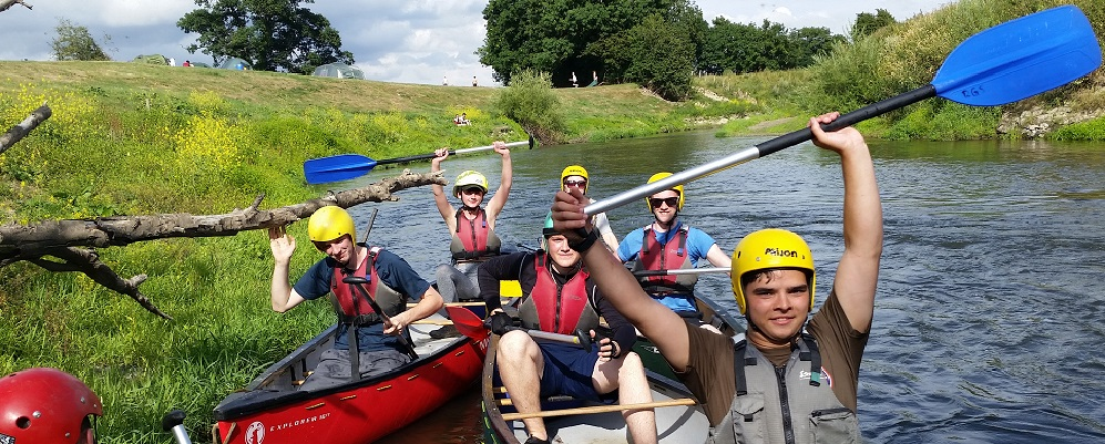 Duke of Edinburgh Award Expeditions canoe paddles up