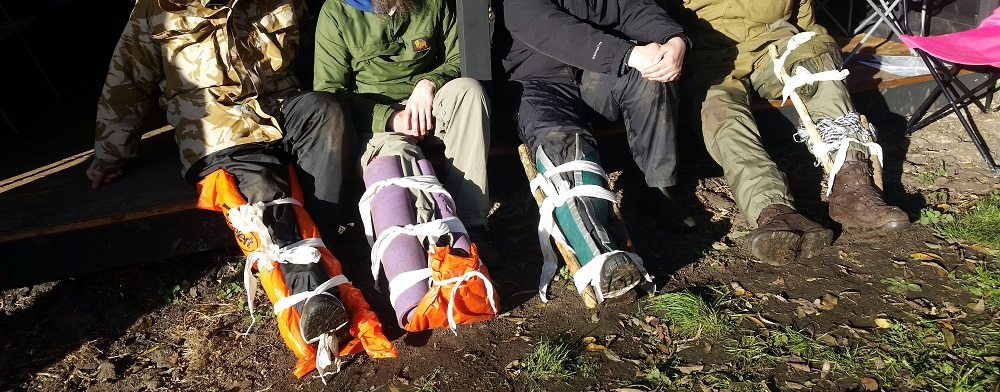 Outdoor First Aid Courses legs in splints